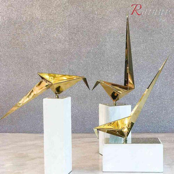DEC 8182 Gold Birds set3