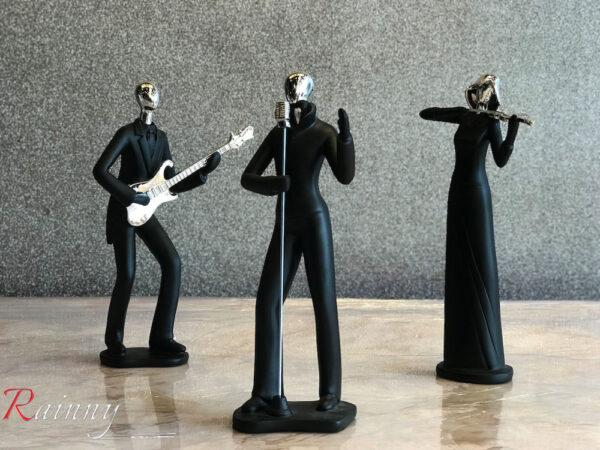 Dec 200 Musician